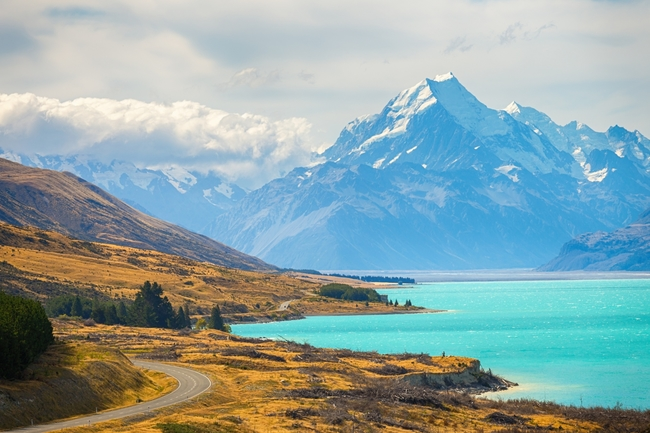 Cycling_New_Zealand_Alps_to_Ocean_CREDIT_iStock.jpg